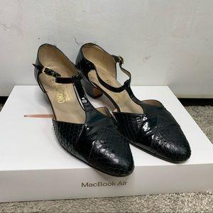 Salvatore Ferragamo leather low heel Mary Jane